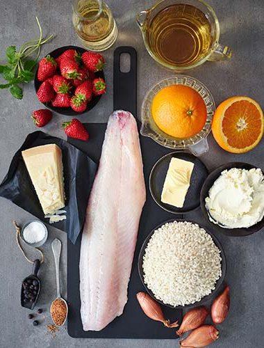 Risotto cu căpșuni și șalău prăjit