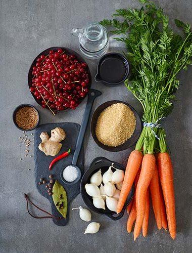 Sos Chutney cu coacăze, morcovi și dafin