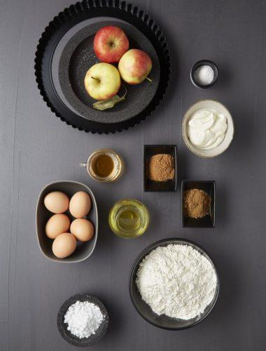 Tartă cu mere și cremă de vanilie